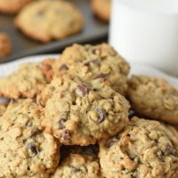 Easy Oatmeal Chocolate Chip Cookie Recipe