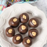 Easy 4-Ingredient Buckeye Peanut Butter Balls